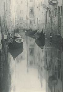 Reflections--Venice, 1900 (Alfred Stieglitz) | Alfred stieglitz, Sepia photography, Art photography