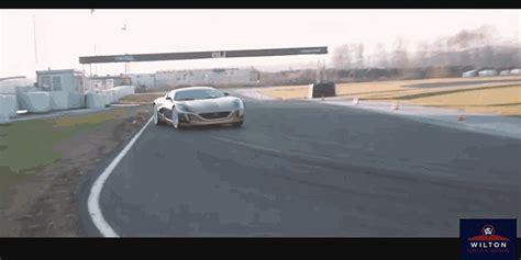 bugatti eb110 crash bugatti gifs search find make share gfycat gifs