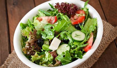 """Receptes.lv - Svaigie salāti """"Vasara"""