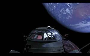 Tesla Dans Lespace : spacex o est pass le starman dans sa tesla de l 39 espace sciences numerama ~ Nature-et-papiers.com Idées de Décoration