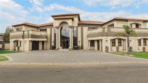 bedroom house  sale  gauteng east rand benoni ebotse estate sparrowhawk youtube