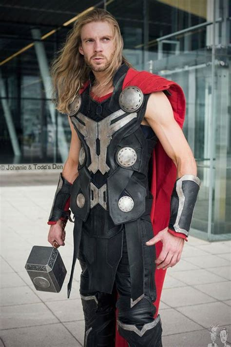 Pin By Caitlin Stewart On Cosplay Cosplay Thor Cosplay