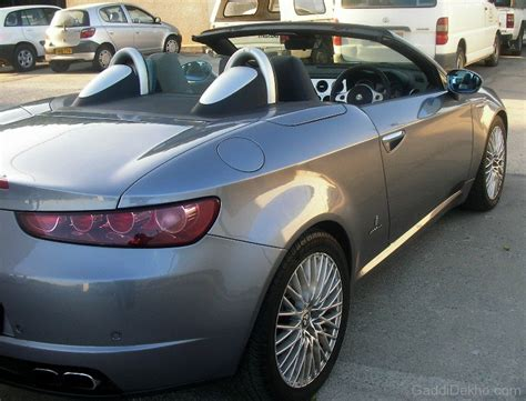 Alfa Romeo Spider Silver Colour  Car Pictures, Images