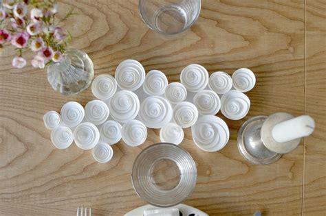 tuto cr 233 er un centre de table avec des roses en papier