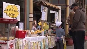 Two Children Run Lemonade Stand To Help Homeless College ...