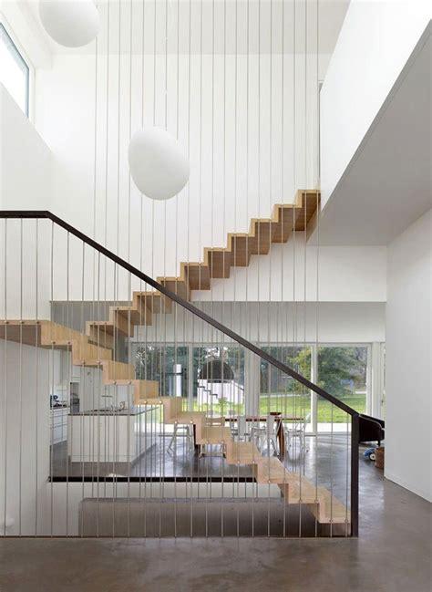 ringhiera scala moderna corrimano e ringhiere per scale dal design moderno