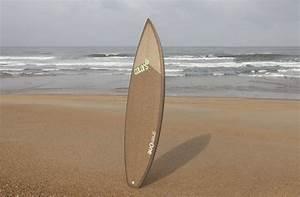 Deco Planche De Surf : deco planche de surf planche d co surfboard 2 decorative beach decor surfboard wall art ~ Teatrodelosmanantiales.com Idées de Décoration
