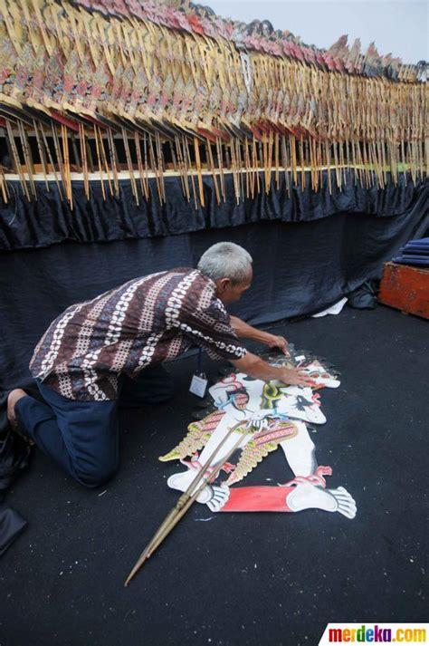 foto pagelaran wayang summit   jakarta merdekacom
