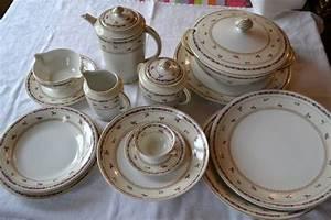 Service De Table Porcelaine : service porcelaine limoges ahrenfeldt service de table arts de la table puces priv es ~ Teatrodelosmanantiales.com Idées de Décoration