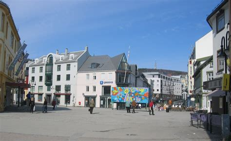 Harstad is a city and municipality in the county of troms in northern norway. File:Harstad sentrum.jpg