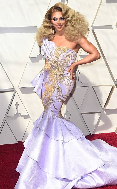 See All The Oscars Red Carpet Fashion Looks News