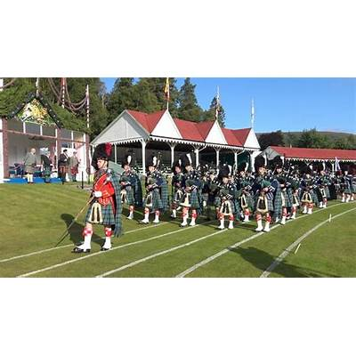 Braemar Gathering 2017 - Opening ceremony with parade