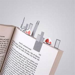 Autocollant Marque : des paysages sur livres en marque pages autocollants ~ Gottalentnigeria.com Avis de Voitures