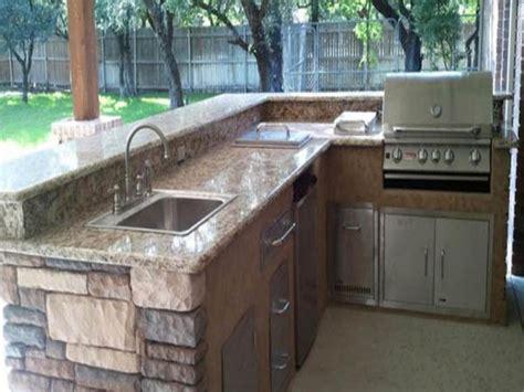 outdoor kitchen island plans best 25 outdoor kitchen plans ideas on
