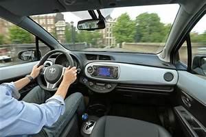 Toyota Yaris Hybride France : v hicules hybrides la yaris fait d coller les ventes l 39 argus ~ Gottalentnigeria.com Avis de Voitures