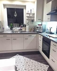 Schwarz Weiße Küche : weisse minimalistische kuechen tolle fotos und inspirationen liveinternet ~ Markanthonyermac.com Haus und Dekorationen