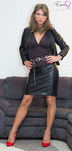 Crossdressers Sexy Tight Leather
