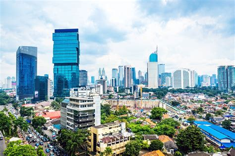 jakarta city guide   spend  weekend  indonesias