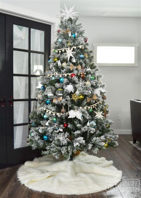 make a no sew faux fur christmas tree skirt