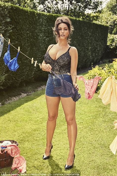 kevin knox swimsuit kelly brook flaunts assets in shots for 2018 calendar