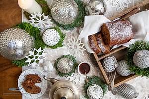 Tischdekoration Zu Weihnachten : dattelbisquit mit zitronen frischk se topping elisabeth ~ Michelbontemps.com Haus und Dekorationen