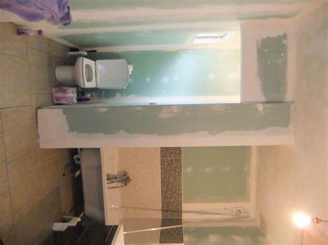 humidit 233 localis 233 e salle de bain refaite