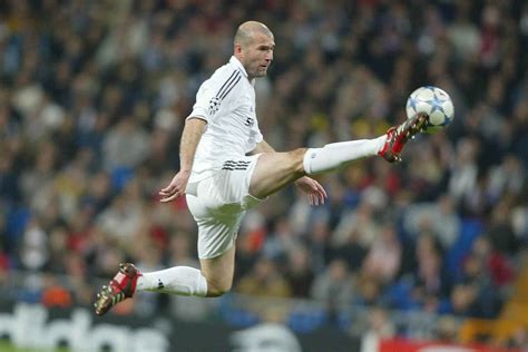 Zinedine Zidane Wallpapers Images Photos Pictures Backgrounds