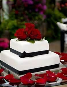 hochzeitstorten aus fondant fondant hochzeitstorten weddingstyle de