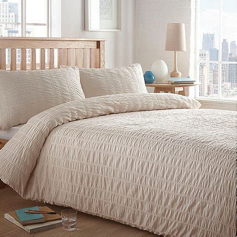 Home Collection Basics Cream Textured 'seersucker' Bedding