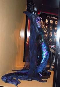 Hollywood Kostüme Ideen : susan sarandon 39 s queen narissa costume from enchanted hollywood movie costumes narissa ~ Frokenaadalensverden.com Haus und Dekorationen