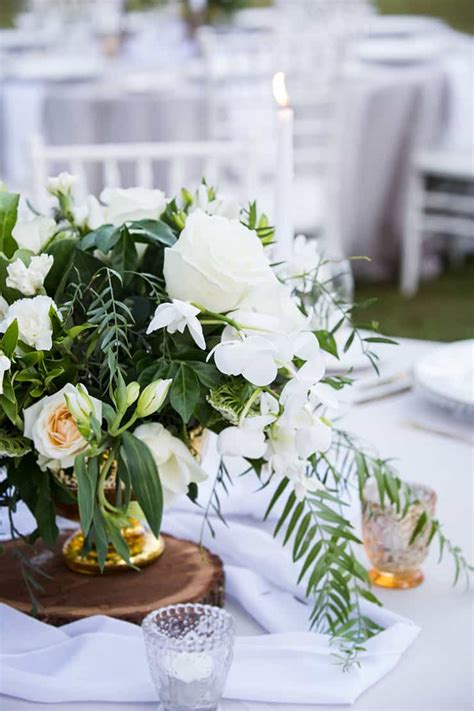 elegant garden wedding inspiration  white gold green