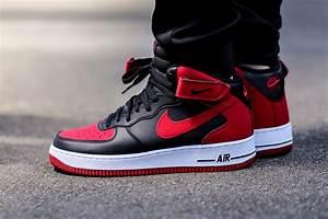 Nike Air Force 1 AF-1 Mid Bred -Black Red  Nike