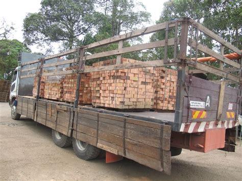 skh trading transport wood slab malaysia sawdust