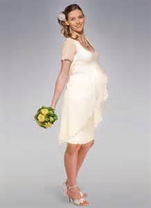 robe mariã e grossesse robes de mariée pour les femmes enceintes standesamt robe de mariée décoration de mariage