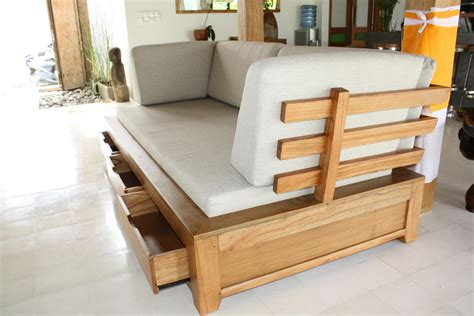 photos canapé en bois exotique