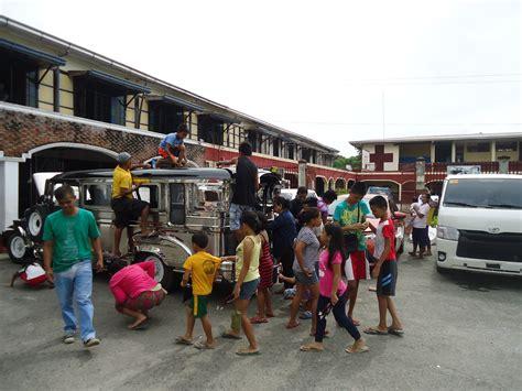 jeepney philippines inside 100 jeepney philippines inside jeepney passengers