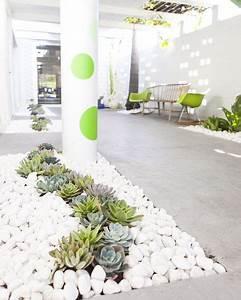 Cailloux De Decoration : best 25 cafe exterior ideas on pinterest cafe design cafe shop and cafe shop design ~ Melissatoandfro.com Idées de Décoration