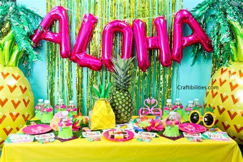Tropical Theme : Decorations, Favors, Treats