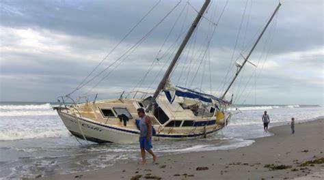 ghost boat washes    florida beach ybw