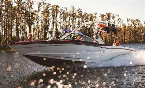 Boats For Sale In Benton Harbor Mi by Lake Effect Boat Sales And Service In Benton