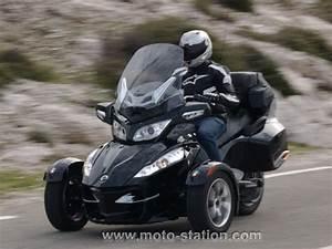 Moto A 3 Roues : can am spyder 1000 rt le grand tourisme port e de permis b auto motostation ~ Medecine-chirurgie-esthetiques.com Avis de Voitures