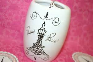 eiffel tower toothbrush holder paris themed by