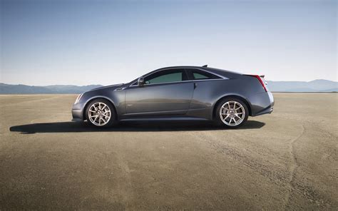 2018 Cadillac Cts V Coupe Static 2 2560x1600 Wallpaper