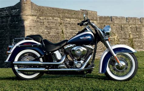 2008 Harleydavidson Flstn Softail Deluxe Motozombdrivecom