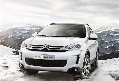 Какую машину купить за 600000 рублей: новую или б/у
