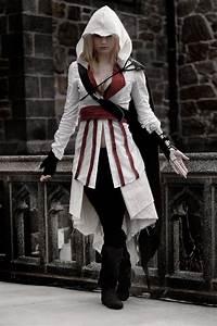 Best 25+ Assassins Creed Cosplay ideas on Pinterest ...
