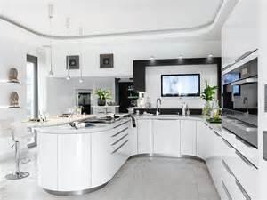 küche weiß beifall für den kurvenstar zuhause wohnen