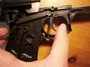 Vidéo De Pistolet : syst me d 39 une gachette de pistolet billes youtube ~ Medecine-chirurgie-esthetiques.com Avis de Voitures