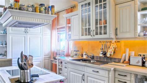 canal plus cuisine 5 astuces pour mieux ranger dans la cuisine