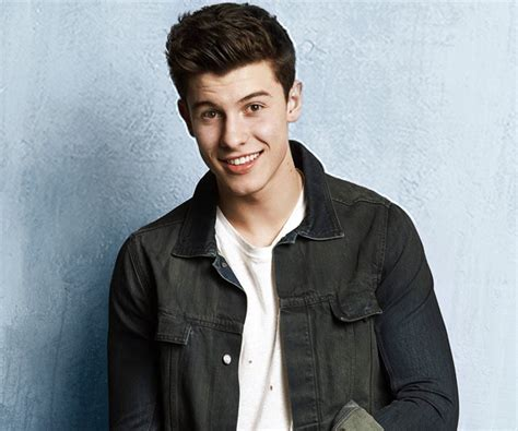 Shawn Mendes' Top Acoustic Tracks Playlist